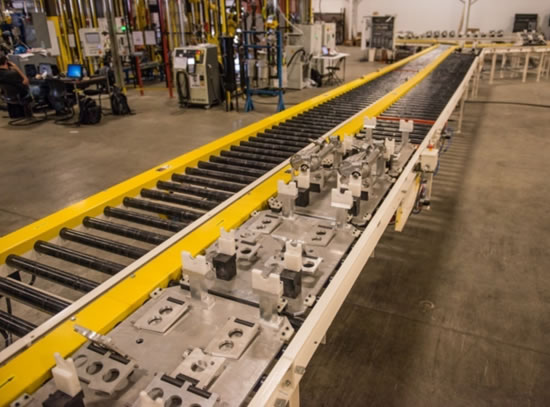 Accumulating Pallet Conveyor